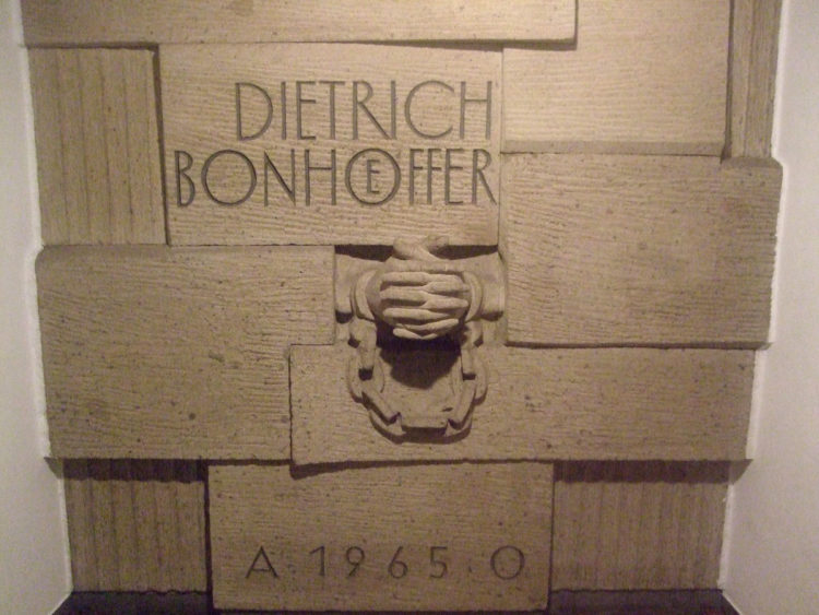 Koeln_Dietrich-Bonhoeffer-Kirche