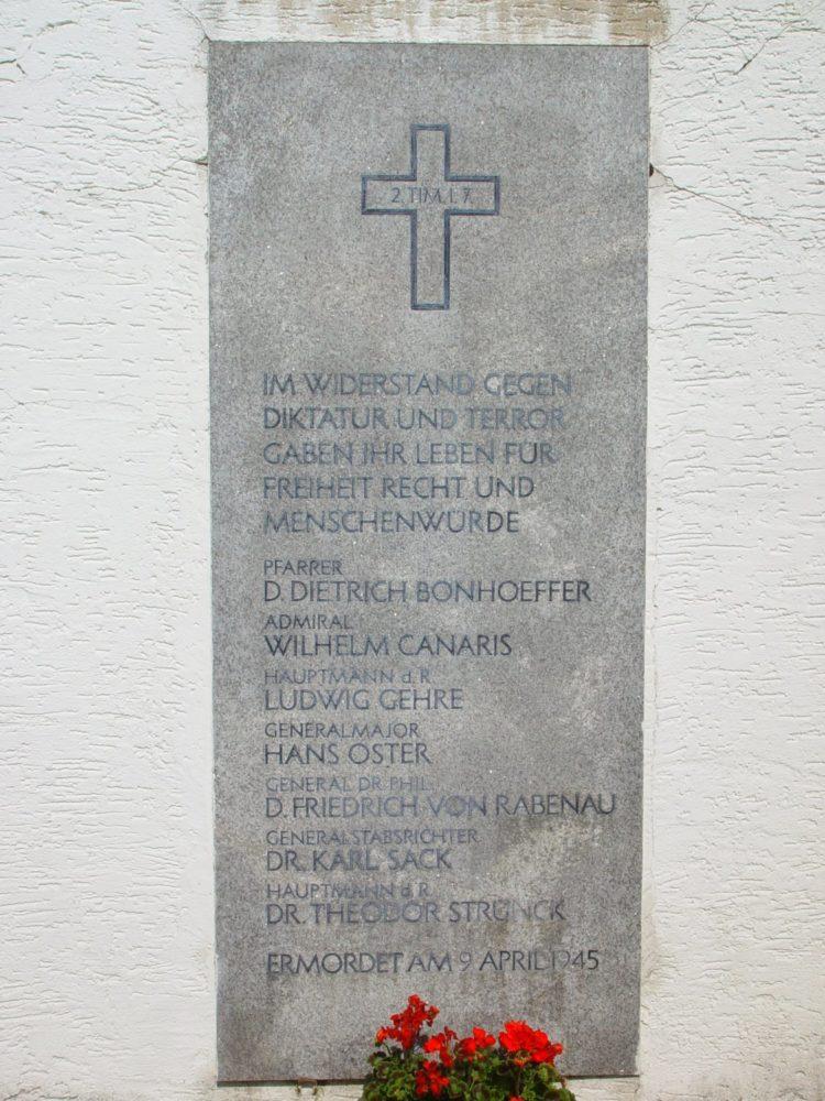Flossenbuerg gedenktafel hinrichtungsstaette